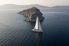 Port-Yachting-All-About-U2-13