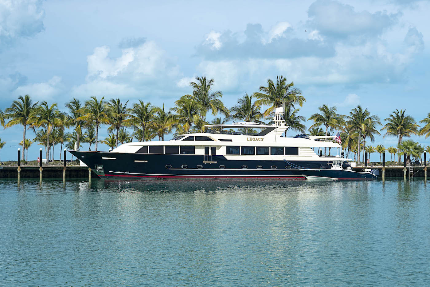 Port Yachting - Legacy